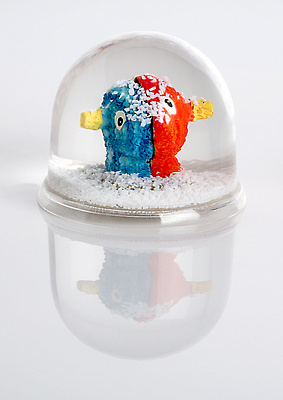 http://pacea.fr/Director/albums/album-69/lg/Boule_neige-Jeff_Koons.jpg