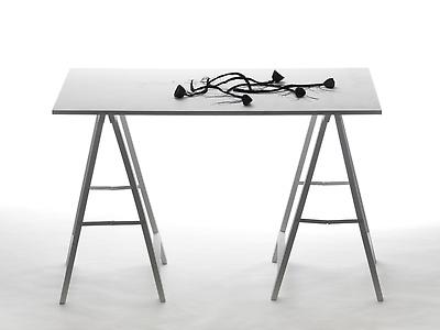 http://pacea.fr/Director/albums/album-83/lg/MothersDay_InstallationSculpture_FrontalView_AlexandraLoewe__Copier_.jpg